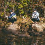 praticar pescaria esportiva