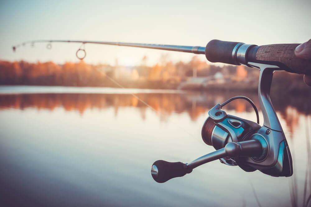 como pescar com molinete molinete ou carretilha